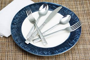 Royal 40-Piece Silverware Set